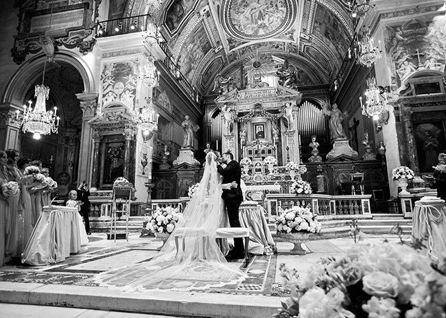 luxurious-catholic-wedding-rome_15