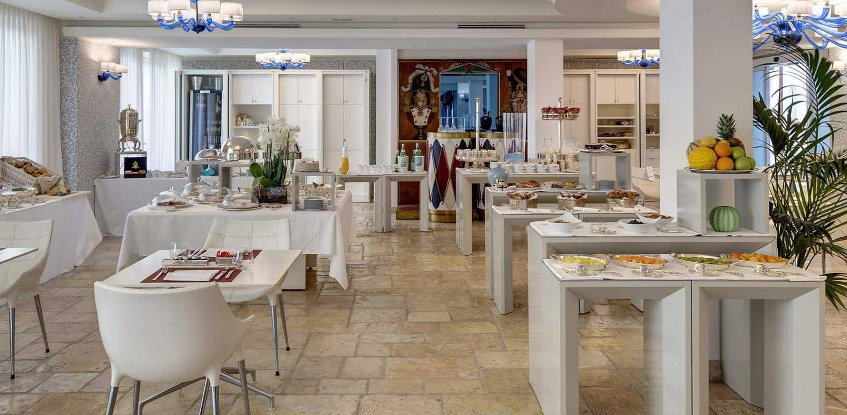 Meliá Villa Capri, hotel design : restaurant Marea