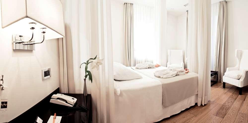 Hotel isa rome design boutique hotel au coeur de rome for Isa design hotel