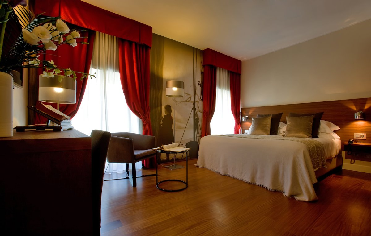 Chambre supérieure Hotel Milano Scala (Milan, Italie)