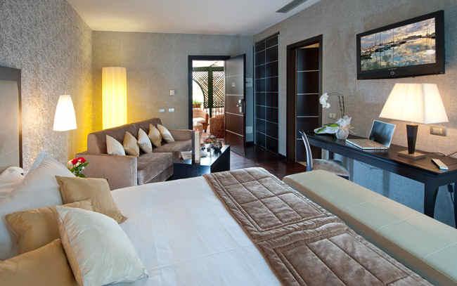 Junior Suite Hotel Fiume Rome