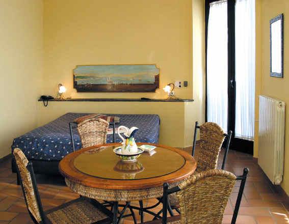 Chambre hôtel Villa Medici (Naples, Italie)