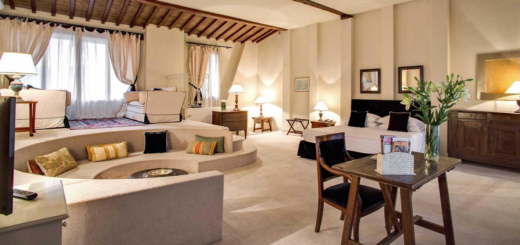 Une suite du J and J Hotel de charme, Florence - Itallie