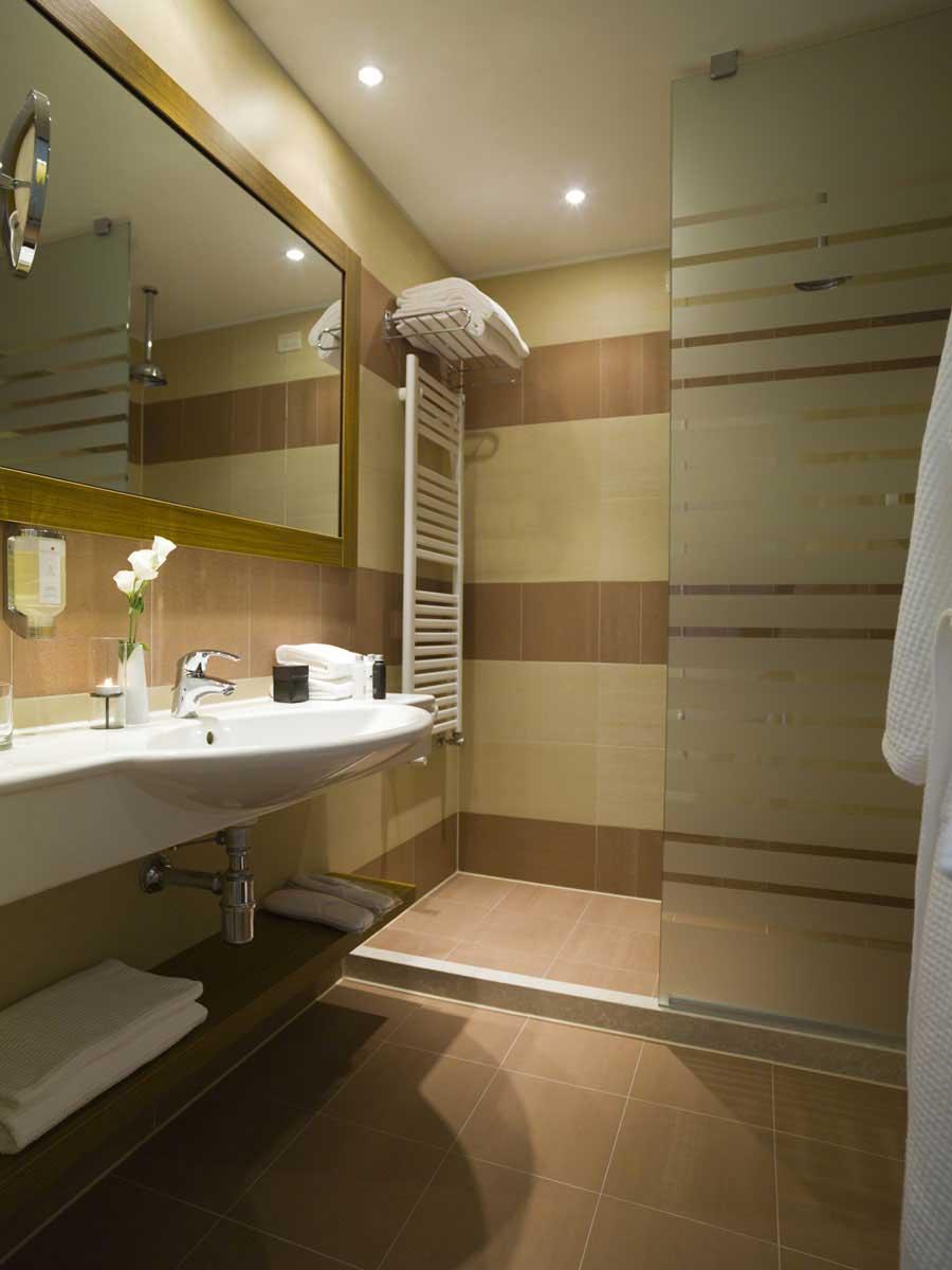 Hotel Principe di Lazise (salle de bain)
