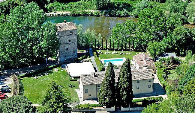 Relais Torre Santa Flora, hôtel de charme avec tour médiévale en Toscane près de Arezzo
