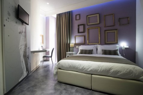 Santa Brigida, Boutique Hotel Naples Italie : Espace dédiéSanta Brigida, Boutique Hotel Naples Italie : Chambre