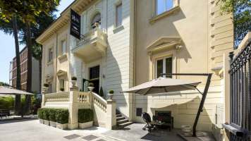 The H'All Tailor Suite Rome : Façade exétieure
