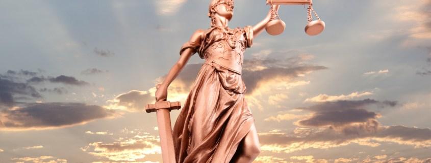 Gerichtlich beglaubigte Übersetzung italienisch deutsch für Justiz und Behörden, Anwaltskanzleien und Notare, Patentamt