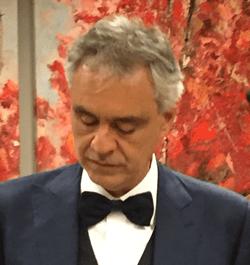 Andrea Bocelli hersteld van het  Corona virus