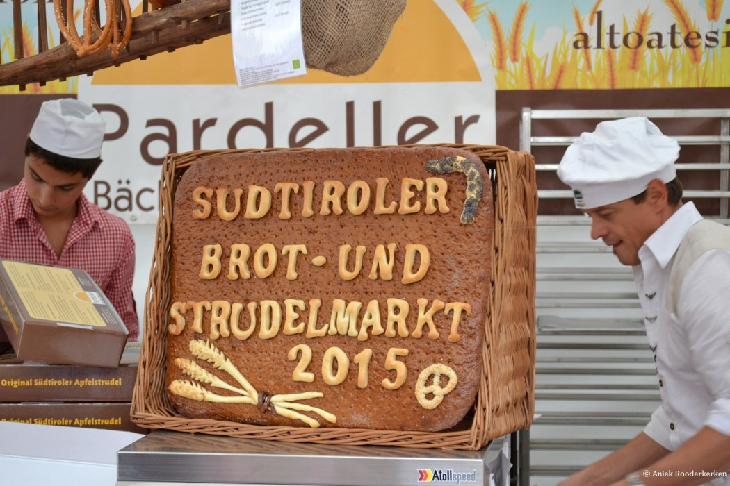Südtiroler Brot und Strudelmarkt Bressanone