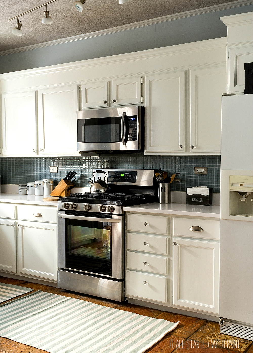 Builder Grade Kitchen Makeover with White Paint