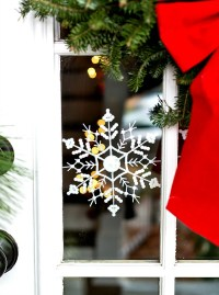 Door Ideas with Snowflakes