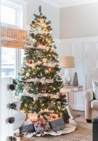 Christmas Tree in Gray, White, Red - It All Started With Paint