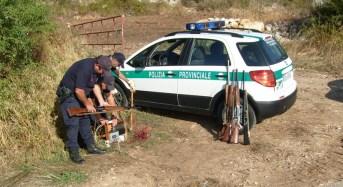 Ragusa, denunciato cacciatore sprovvisto di porto fucile e recuperato autocarro rubato