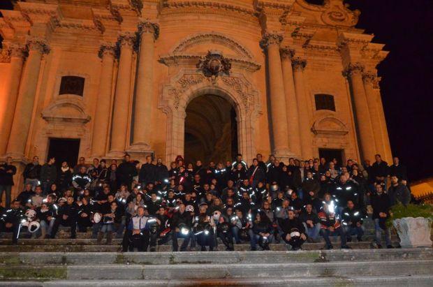 Motofiaccolata 2014 sulle scalinate del Duomo