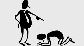 Mobbing. Deve risarcire il lavoratore il datore che rimane inerte di fronte alle vessazioni imposte a una dipendente