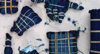 """Catania. """"Denim Chairs"""": il design d'arredo si veste di jeans. Terza edizione di """"Rottama il tuo jeans"""": anche quest'anno torna l'iniziativa di successo di Sicilia Outlet Village. Dal 25 al 29 maggio il workshop dell'Accademia Abadir di Catania curato dal designer Giorgio Laboratore."""