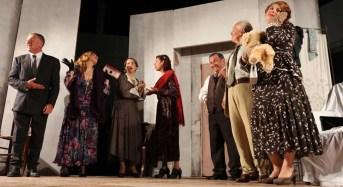 """Acate. La compagnia teatrale """"Angelo Musco"""" di Riesi, questa sera al castello dei Principi di Biscari con la commedia, """"Sartoria bell'Antonio""""."""