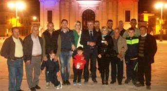 Acate. Illuminati Castello e Chiesa Madre per ricordare i bambini nati prematuri e le vittime di Parigi.