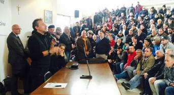 Vittoria. Manifestazione di protesta al Mercato. Il sindaco: a difesa del comparto agricolo si mobiliti l'intera città