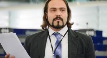 """Bruxelles. Castaldo (Portavoce M5S al Parlamento UE): """"Il 22 marzo ero al Parlamento Ue, qualcun'altro no. Europa deve rivedere le sue alleanze"""""""