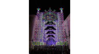 Ragusa, San Giorgio 2016. Inaugurata illuminazione artistica in corso XXV Aprile e in piazza Duomo, oggi la prima delle tre processioni