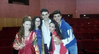 """Acate. """"Romeo e Giulietta"""", a cura della compagnia """"Teatro Giovani Acate"""", questa sera al Castello."""