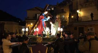 """Ragusa Ibla, Settimana Santa. Oggi conclusione quarantore adorazione. Ieri ultima processione con il gruppo statuario de """"La Veronica"""""""