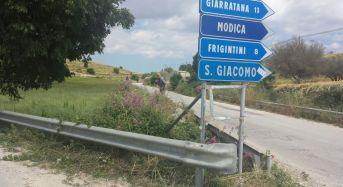 """Ragusa. Chiavola: """"Stanchi di attendere il comune, i cittadini ripuliscono le strade di San Giacomo dalle sterpaglie"""""""
