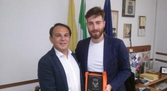 Ragusa, il tenore Lorenzo Licitra ricevuto al Comune