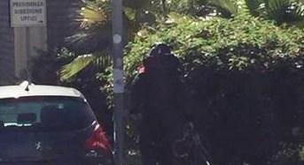 Protetti dalle telecamere e dai pitbull spacciavano cocaina a San Leone: Arrestati