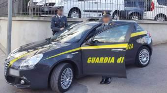 Catania. Tenta l'omicidio di 2 persone: Arrestato dalla Guardia di Finanza