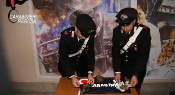 Ragusa, nascondeva la droga nelle scarpe. Arrestato dai Carabinieri