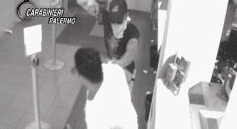 Avevano puntato una pistola alla testa di un carabiniere, in manette tre rapinatori