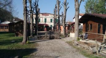 San Possidonio (Mo). In fase di allestimento il Presepe a grandezza naturale.
