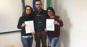Vittoria. Due volontarie del servizio civile di Vittoria partecipano a un'assemblea all'Università di Catania
