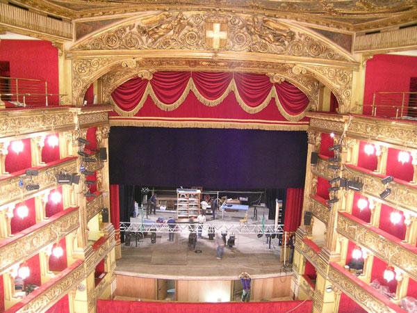 Realizzazione tralicci tipo americana per Teatro Carignano  Italtecnica Snc