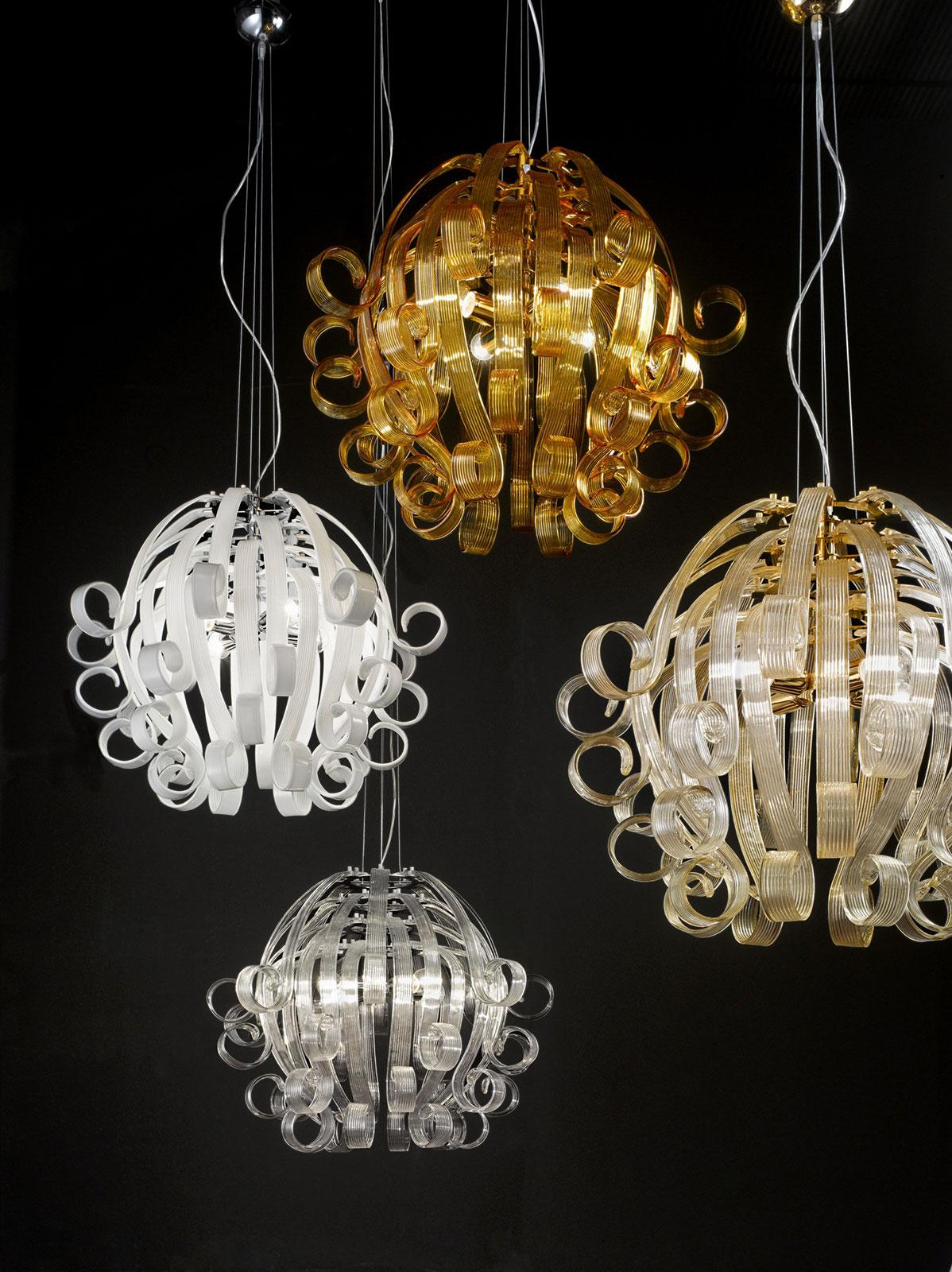 Ricciolo pendant light in Murano glass  IDD