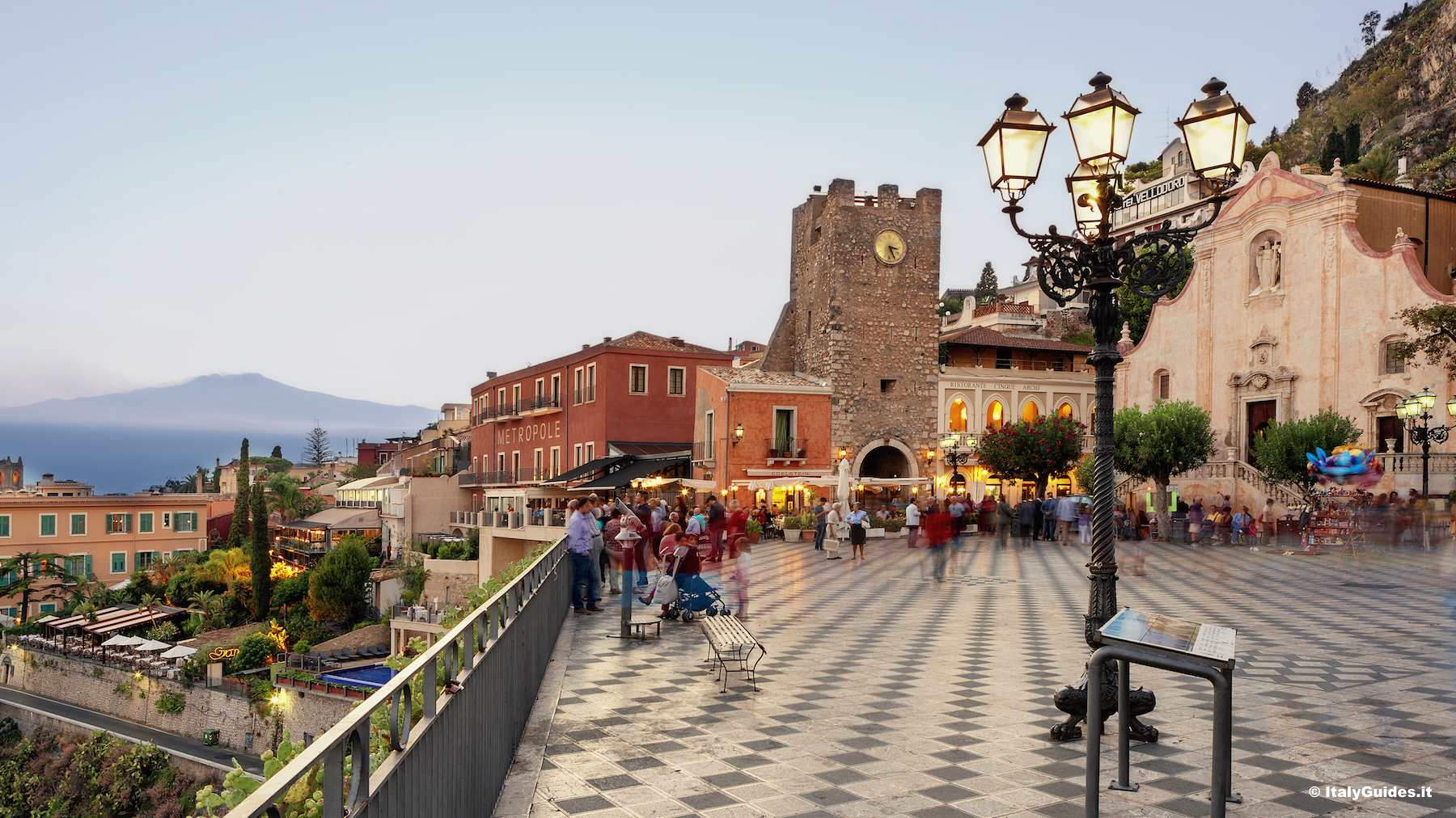 Pictures of Taormina photo gallery and movies of Taormina Sicily  Italy  ItalyGuidesit