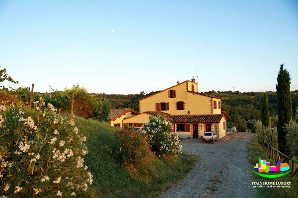 Agriturismo in vendita in Umbria ItalyHomeLuxury immobiliare