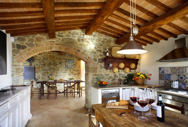Come visit the kitchens of our favorite Italian villas