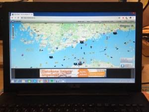 Maailman merillä seilaavien laivojen liikkeitä voi seurata netistä.