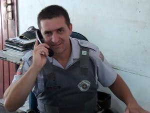"""""""É muito gratificante ajudar a salvar uma vida"""", disse o policial herói. (Alair Jr-/Portal Mogi Guaçu)"""