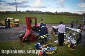 Trágico acidente ceifou duas vidas na SP-352