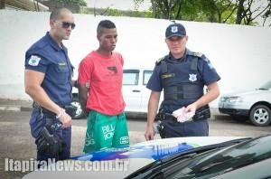 Neves foi detido pela GCM e acabou preso