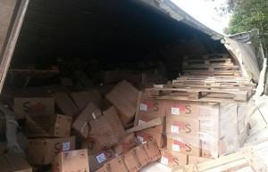 Parte da carga foi furtada por motoristas (Divulgação)