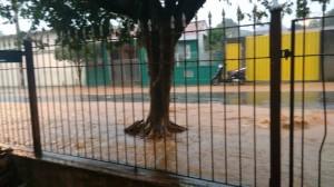 Galerias da Rua Espanha também não suportaram volume de água (Marilza Guedes/Divulgação)