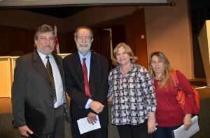 Paganini, Rosa e Josemary junto ao coordenador estadual de Controle de Doenças, Marcos Boulos (Divulgação)