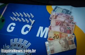 Cocaína e dinheiro foram apreendidos (Divulgação)