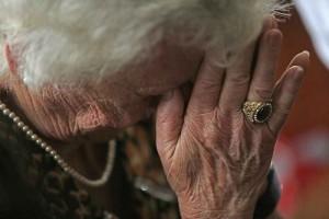 Ingenuidade geralmente torna idosos geralmente vítimas mais fáceis para estelionatários (Paulo Pinto/Fotos Públicas)